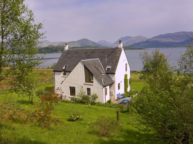 Seabank Self Catering at Benderloch near Oban